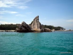 batu menceko @ burung island