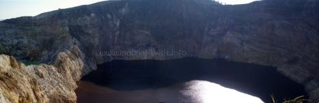 tiwu ata polo lake (lake of wicked people spirit) - kelimutu crater