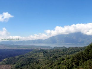 mount batur & batur lake : view from Kintamani