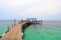 derawan cottage & cafe jetty