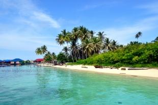 derawan island-1