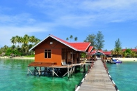 derawan cottage & cafe