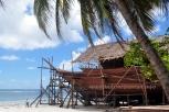 Phinisi shipbuilding